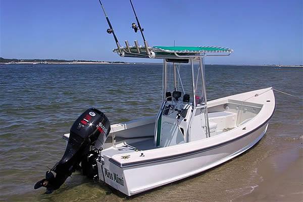 Roger Carroll Boats, 19 foot Monomoy Skiff, boat repair, boat restoration and custom boat ...